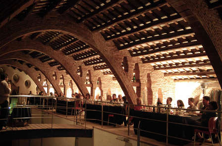 Spécial œnologie : découverte de la ville de Valls avec visite de cave et dégustation