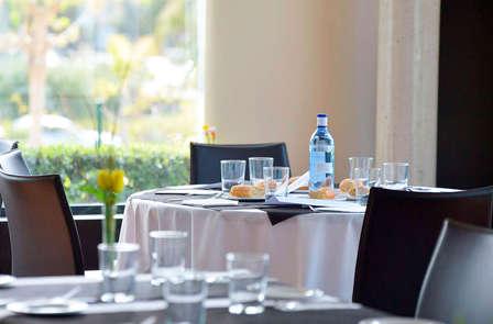 Escapada romántica con cena y detalles exclusivos al lado de Valencia