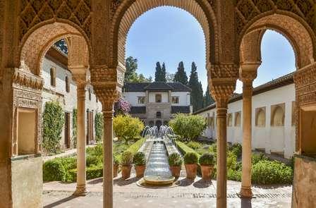 Speciale città monumentali: scopri Granada con visita guidata