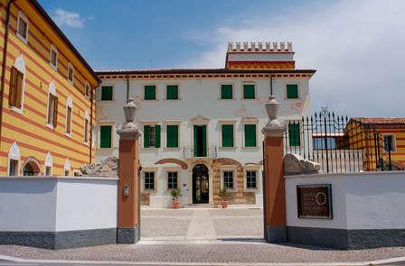 Soggiorno alle porte di Verona in villa cinquecentesca con cena romantica