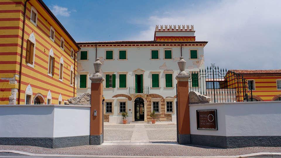 Hotel Villa Malaspina - edit_facade.jpg