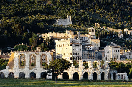 Scopri Gubbio in un antico monastero del '600