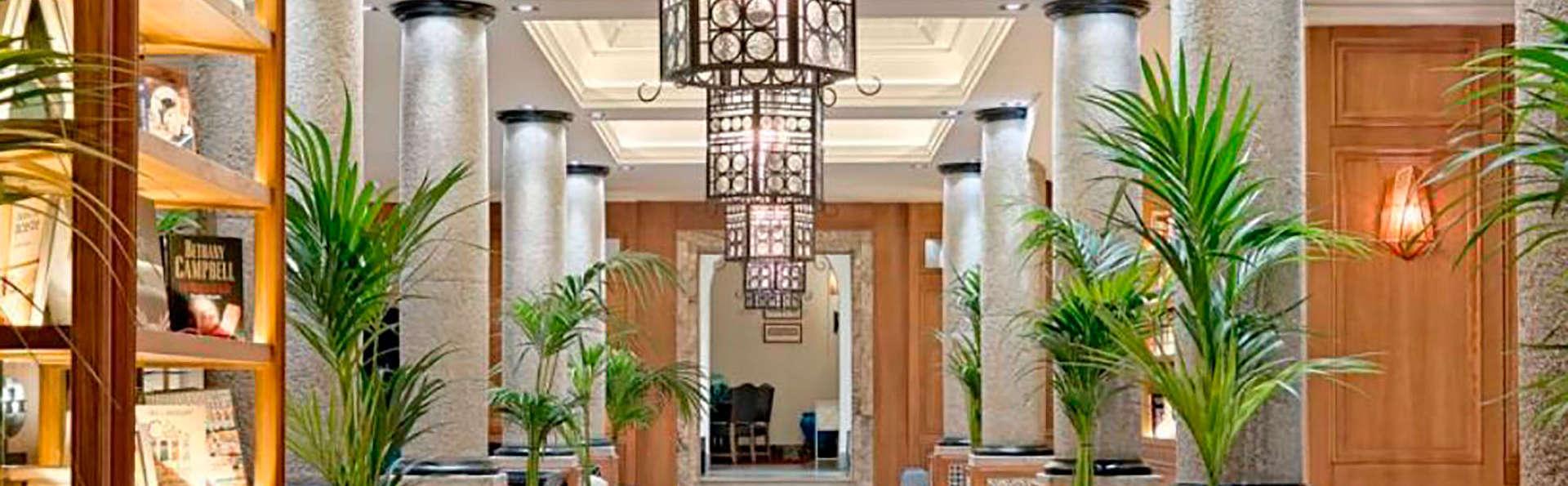 Boutique Hotel H10 Villa de la Reina - EDIT_entry.jpg