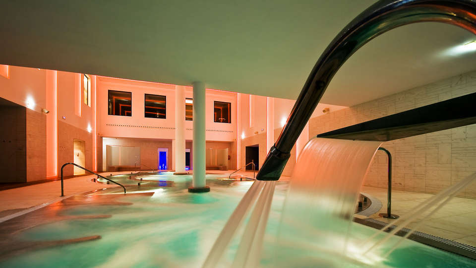 URH Hotel SPA Zen Balagares - EDIT_spa.jpg