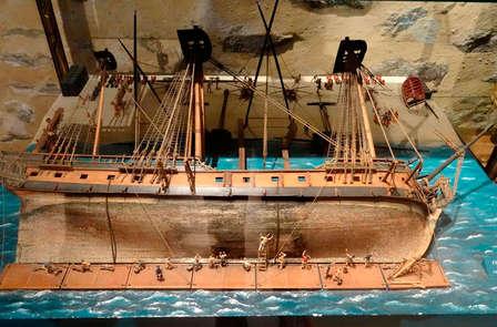 Momenti di scoperta con ingresso al Museo Nazionale della Marina a Tolone