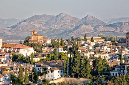 Weekend con visita ad Alhambra: scopri i suoi angoli antichi