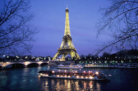 Évasion et dépaysement à Paris avec balade en bateau