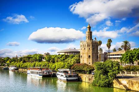 Descubre Sevilla con paseo en barco semi privado