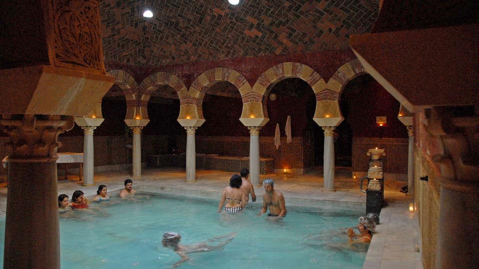 Baños Romanos Andalucia:Escapadas fin de semana Especial Hammam Córdoba con acceso al hammam