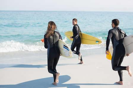 Escapada con Clase de Surf en la playa de Gijón