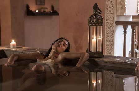 Escapada Relax con baños Árabes en hotel de diseño en el centro de Málaga