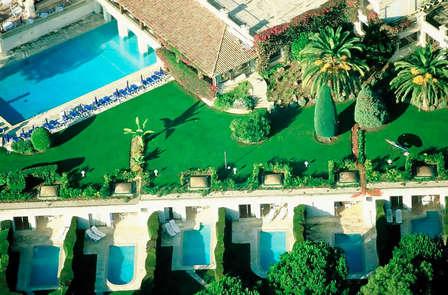 Week-end Famille avec piscine privée dans un hôtel de charme à Saint-Paul-de-Vence