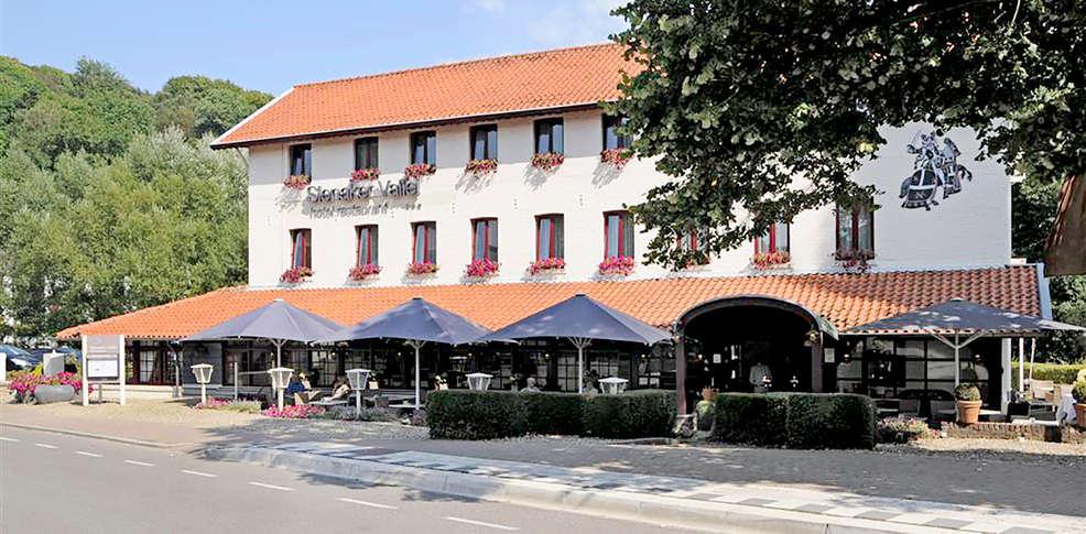 Slenaker vallei hotel restaurant h tel de charme slenaken for Reservation hotel pas chere