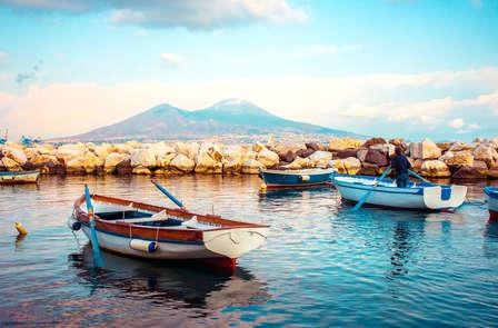 Scopri i meravigliosi scorci di Napoli