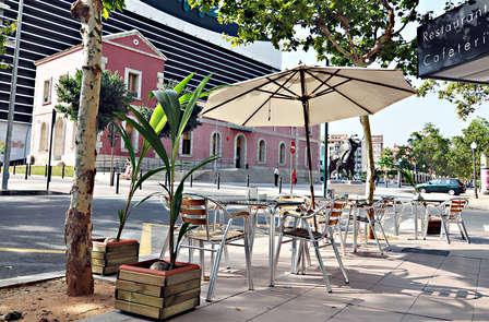 Escapada con cena romántica, cava y parking en Castellón