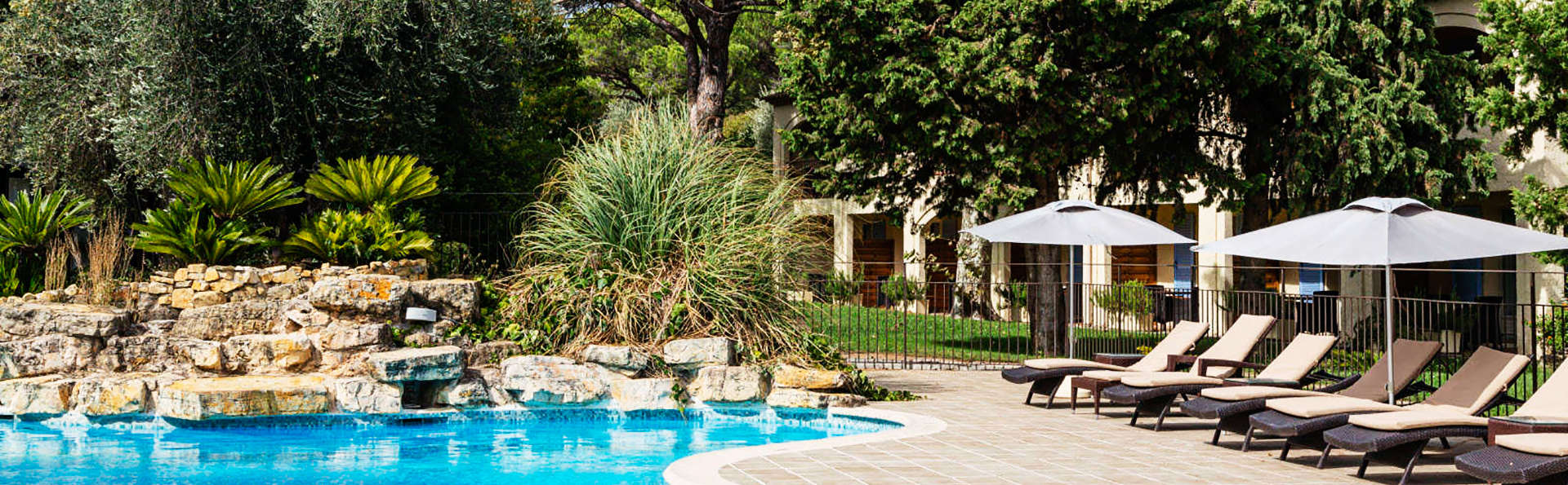 Hôtel Spa la Lune de Mougins - EDIT_pool2.jpg