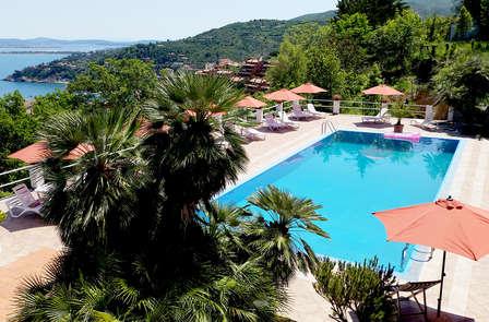 Vacanze sulla costa Tirrenica a Porto Santo Stefano in mezza pensione