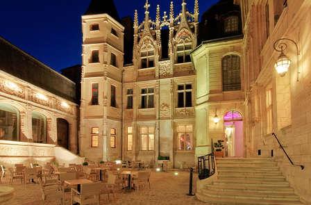 Dînez dans une bâtisse du XVème siècle au cœur de Rouen