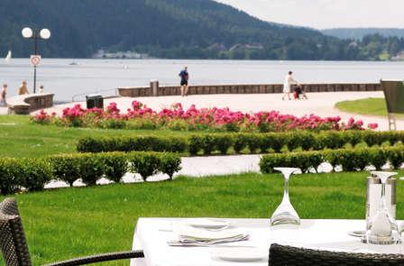 Gourmandise et promenade en Pédalo sur le Lac de Gerardmer
