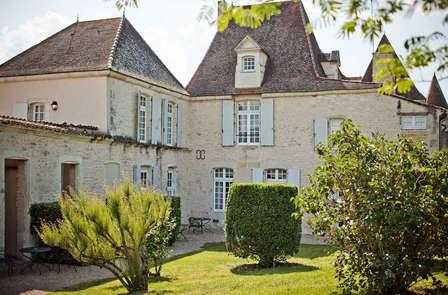 Dégustation de vins entre Bergerac et les vignobles de Saint-Emilion