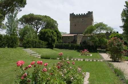 Escapada deluxe en habitación romántica con visita a castillo bodega
