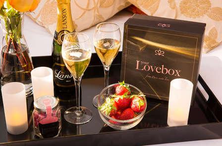 Week-end romantique avec Lovebox, champagne et chocolats