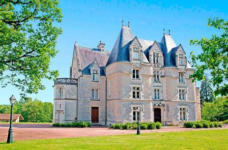 Séjour romantique avec dîner dans un château près de Poitiers