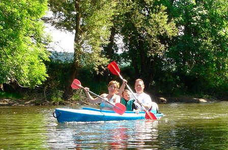 Descendez l´Ourthe en Kayak ou partez à l'aventure en VTT!