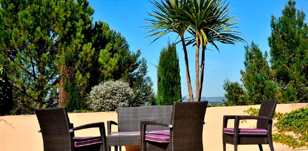 Hotel royal mirabeau by happyculture h tel de charme aix - Hotel de charme aix en provence ...