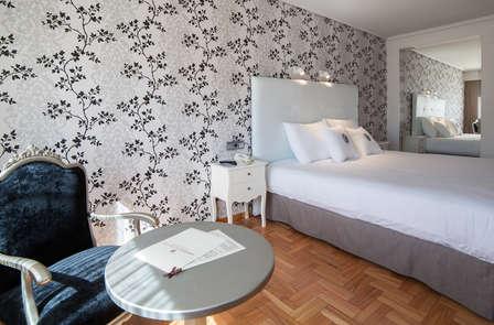 Relax y lujo: escapada con masaje en Galicia