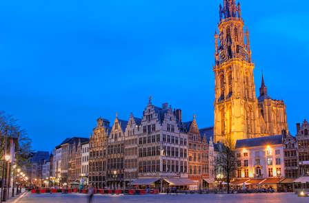 Luxe overnachting en ontbijt met bubbels in Antwerpen