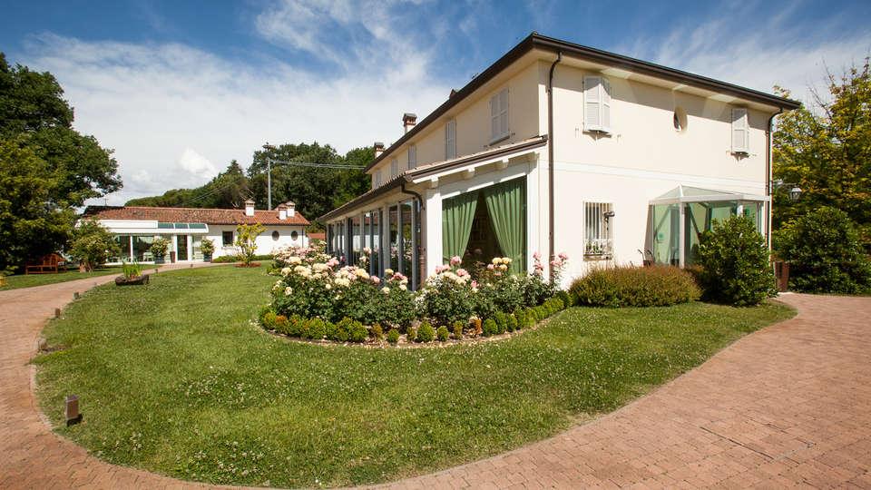 Relais Villa Abbondanzi - EDIT_front1.jpg