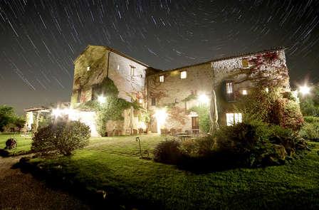 Fuga di coppia con Cena a Lume di Candela nel Castello di Assisi