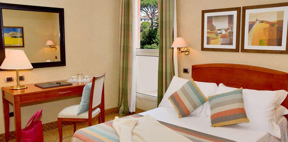 Hotel apogia lloyd roma h tel de charme rome - Hotel de charme rome ...