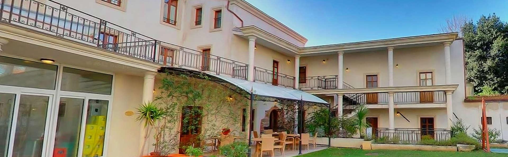 Mariano IV Palace Hotel - edit_GARDEN-1.jpg
