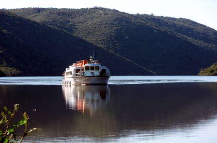 Escapada rural de lujo con safari fotográfico y crucero por el Tajo