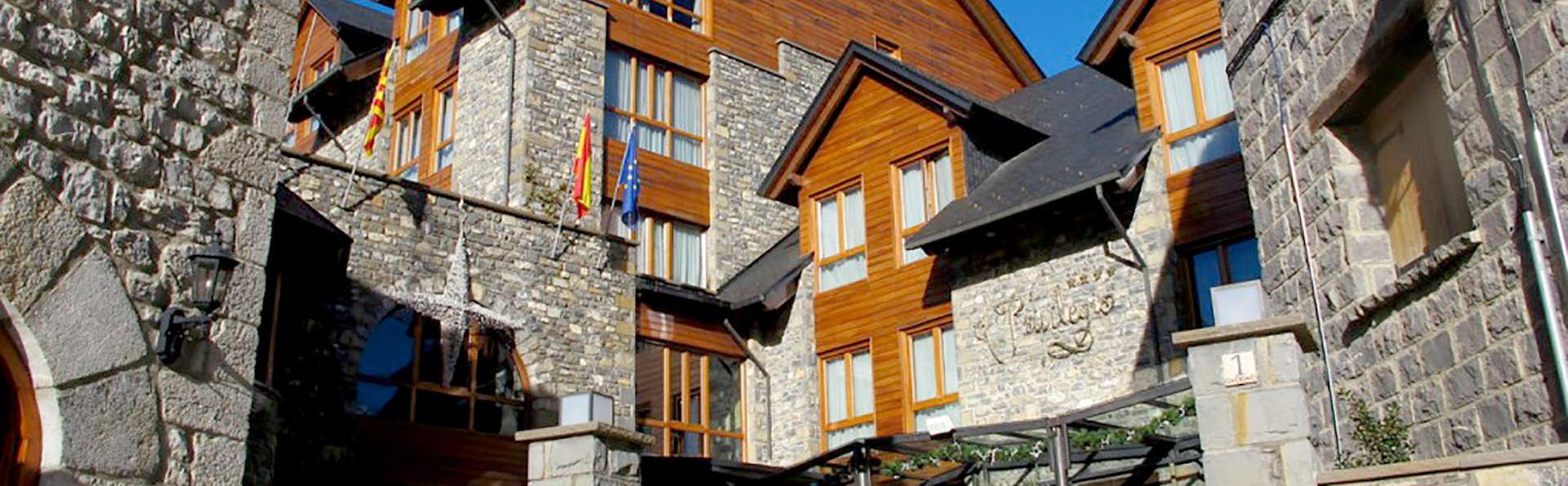 Hotel El Privilegio de Tena - Edit_Front2.jpg