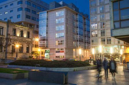 Oferta especial: romanticismo en A Coruña con cena y  copa de albariño