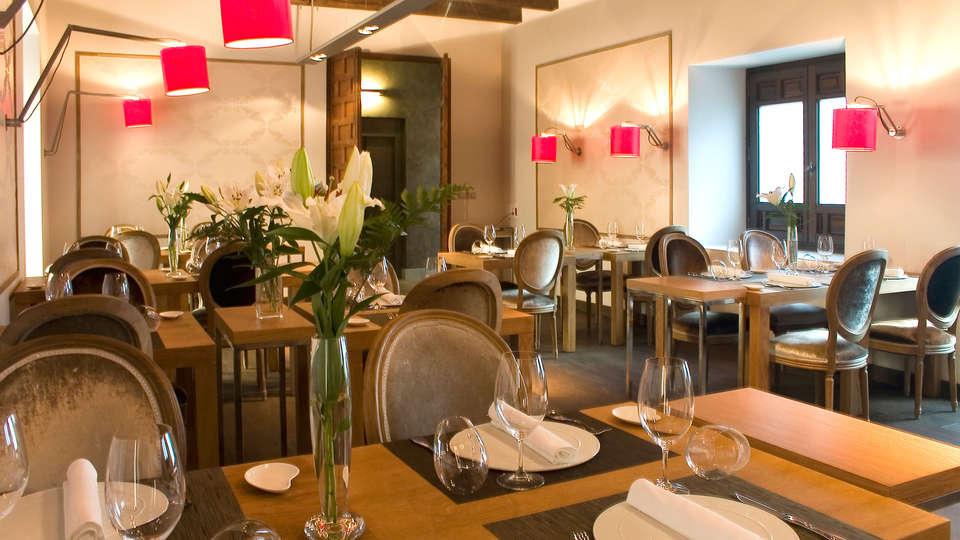 undefined - EDIT_restaurant11.jpg