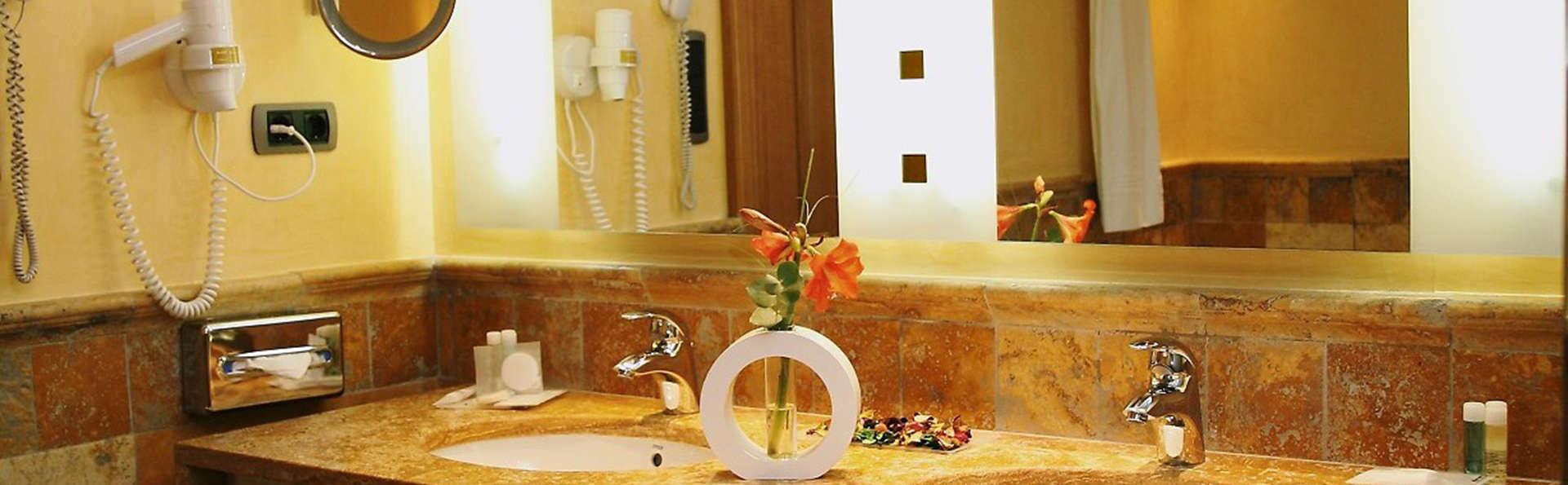 Vincci Selección Envía Almería Wellness & Golf - edit_bathroom.jpg