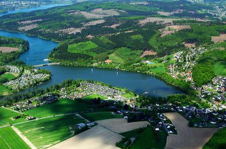 Dîner avec vue sur les montagnes du Sauerland