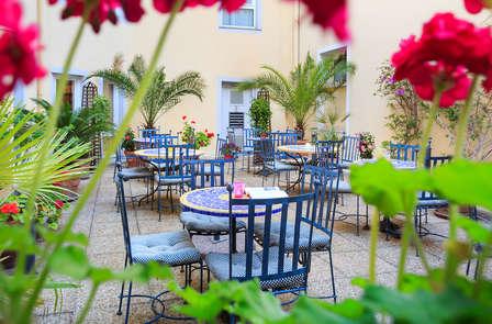 Offre Spéciale: Week-end en plein coeur de Nice ( à partir de 2 nuits)