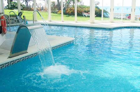 Escapada Relax: Evasión de lujo con pensión completa y SPA en Benalmádena