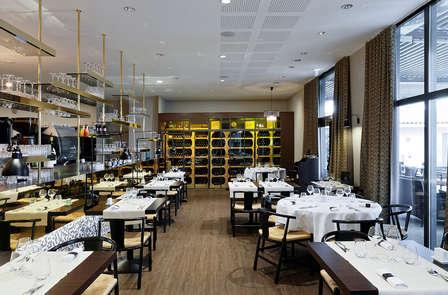 Escapade avec dîner dans un hôtel ambiance années folles, aux portes de Lyon