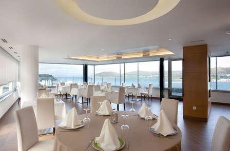 Cena y relax con vistas al mar en la costa de Lugo (desde 2 noches)