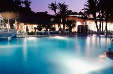 Oferta en 4* superior: relájate en el Balneario de Archena con acceso a las termas