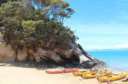 Escapada aventura: Diviértete con ruta en Kayak en la Costa del Sol