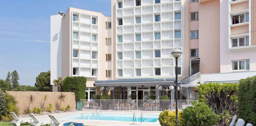 H tel ibis marseille bonneveine h tel de charme marseille for Reservation hotel pas chere