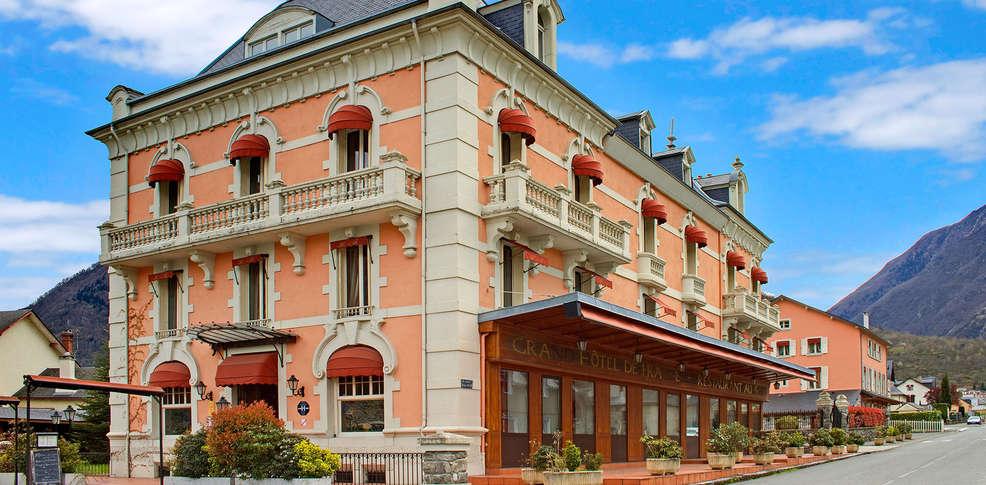 Grand H Tel De France H Tel De Charme Pierrefitte Nestalas