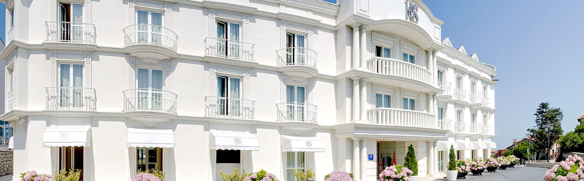 Gran Hotel Suances - Edit_Front.jpg
